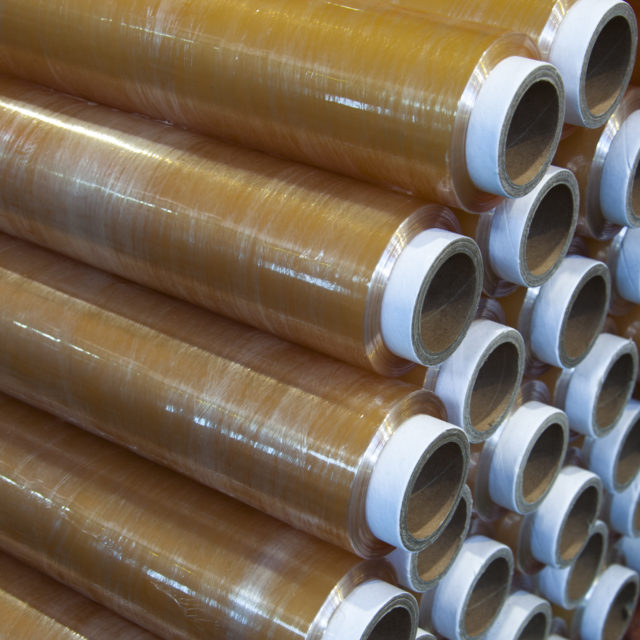 Roll of wrapping plastic stretch films